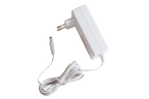 12V 36W DC Stecker-Netzteil weiß für LED-Strips 3A stabilisiert Strip Trafo LED-Stromversorgung