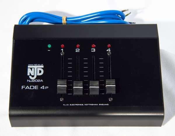 NJD Fade 4P, 4-Kanal Dimmerpult mit 4x1KW inkl. 4 Kaltgerätestecker